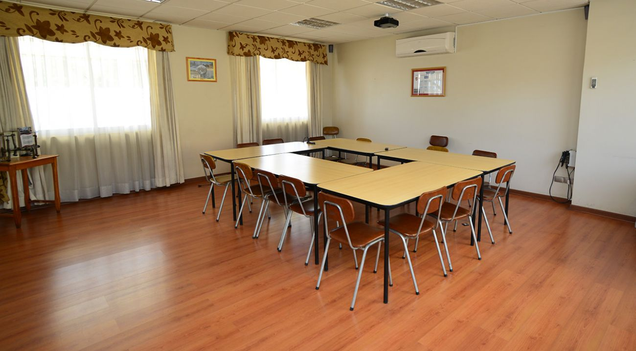 Salas de reuniones colegio marista los andes instituto for Sala de reuniones